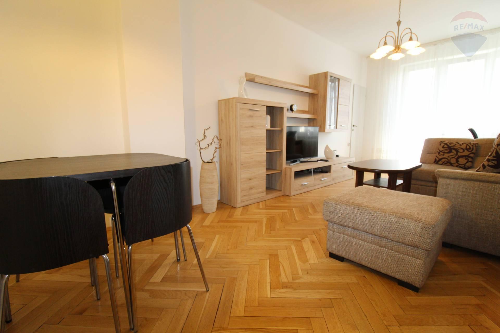 Predaj bytu (3 izbový) 65 m2, Bratislava - Ružinov -