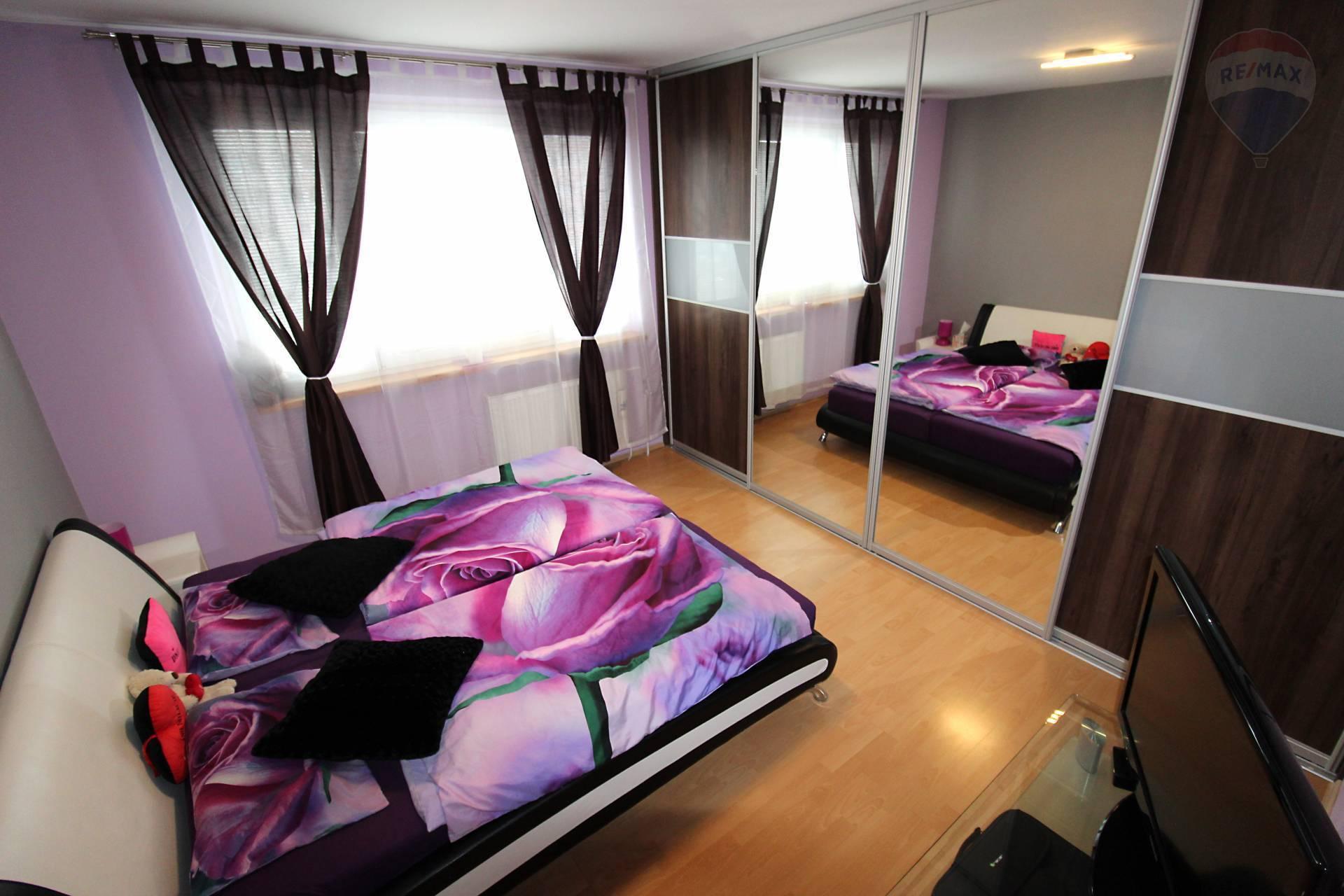 Predaj 3 izb. zrekonštruovaný slnečný byt v peknom prostredí pri jazere