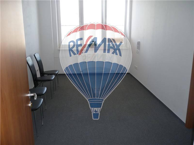 Prenájom skladov a kancelárskych priestorov, Ružinov 15 m2 16 m2