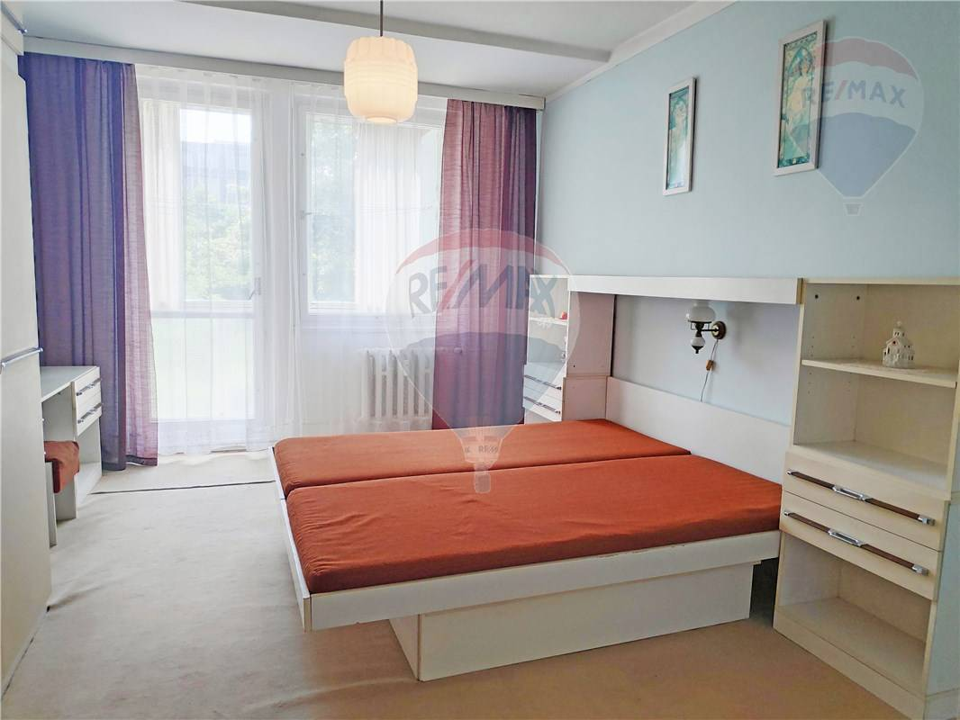 Predaj bytu (3 izbový) 70 m2, Bratislava - Ružinov -