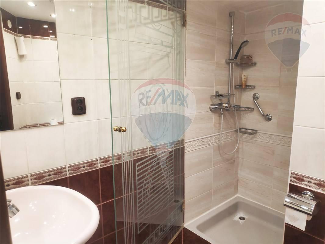 Predaj bytu (3 izbový) 97 m2, Bratislava - Staré Mesto -