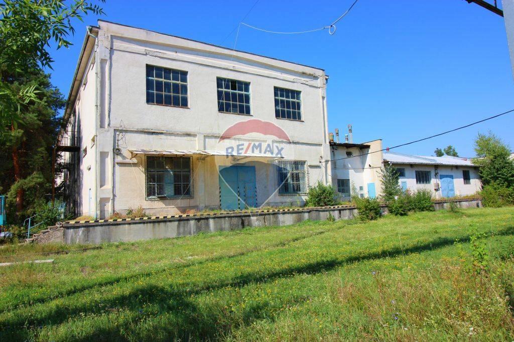 Predaj komerčného objektu 3526 m2, Nitra -
