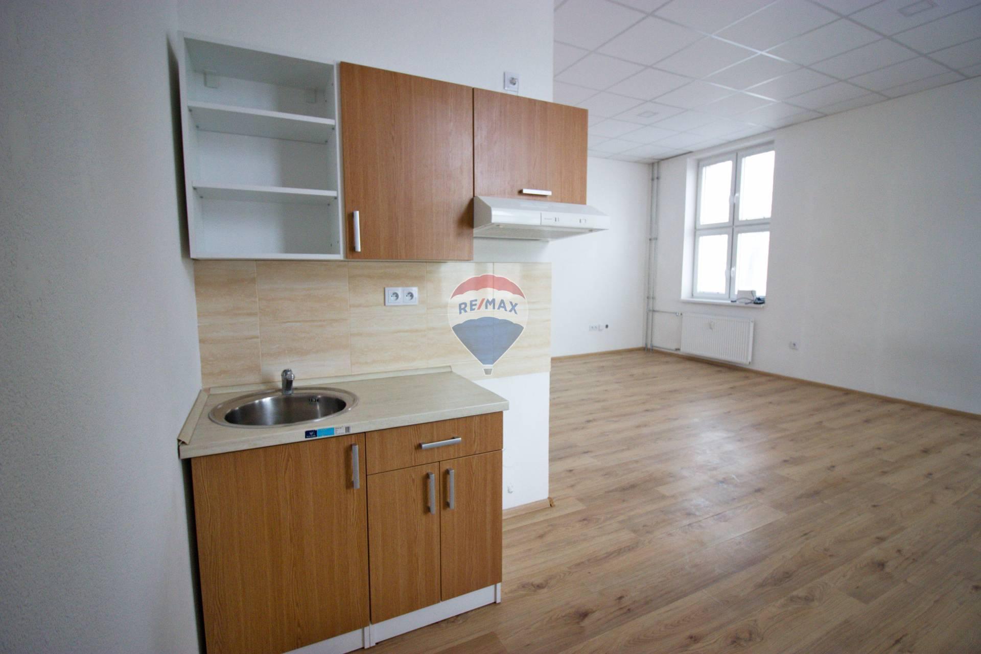 Prenájom 2-izbového bytu č.3.1-rozloha 64,27m2, Nové Mesto nad Váhom