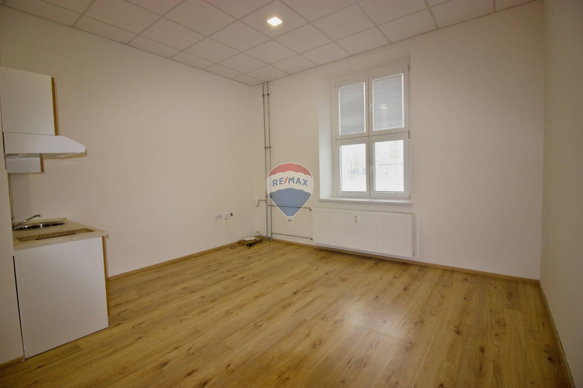 Prenájom 1-izbového bytu č.3.14-rozloha 30,35m2, Nové Mesto nad Váhom