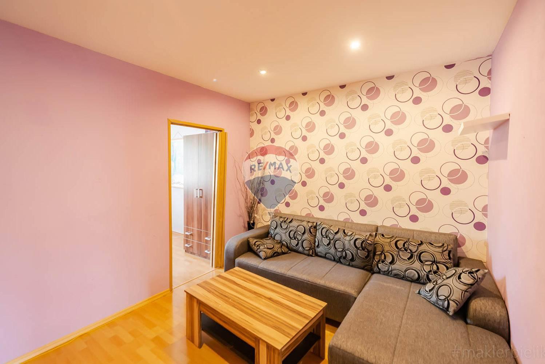 Prenájom bytu (3 izbový) 67 m2, Nové Mesto nad Váhom -