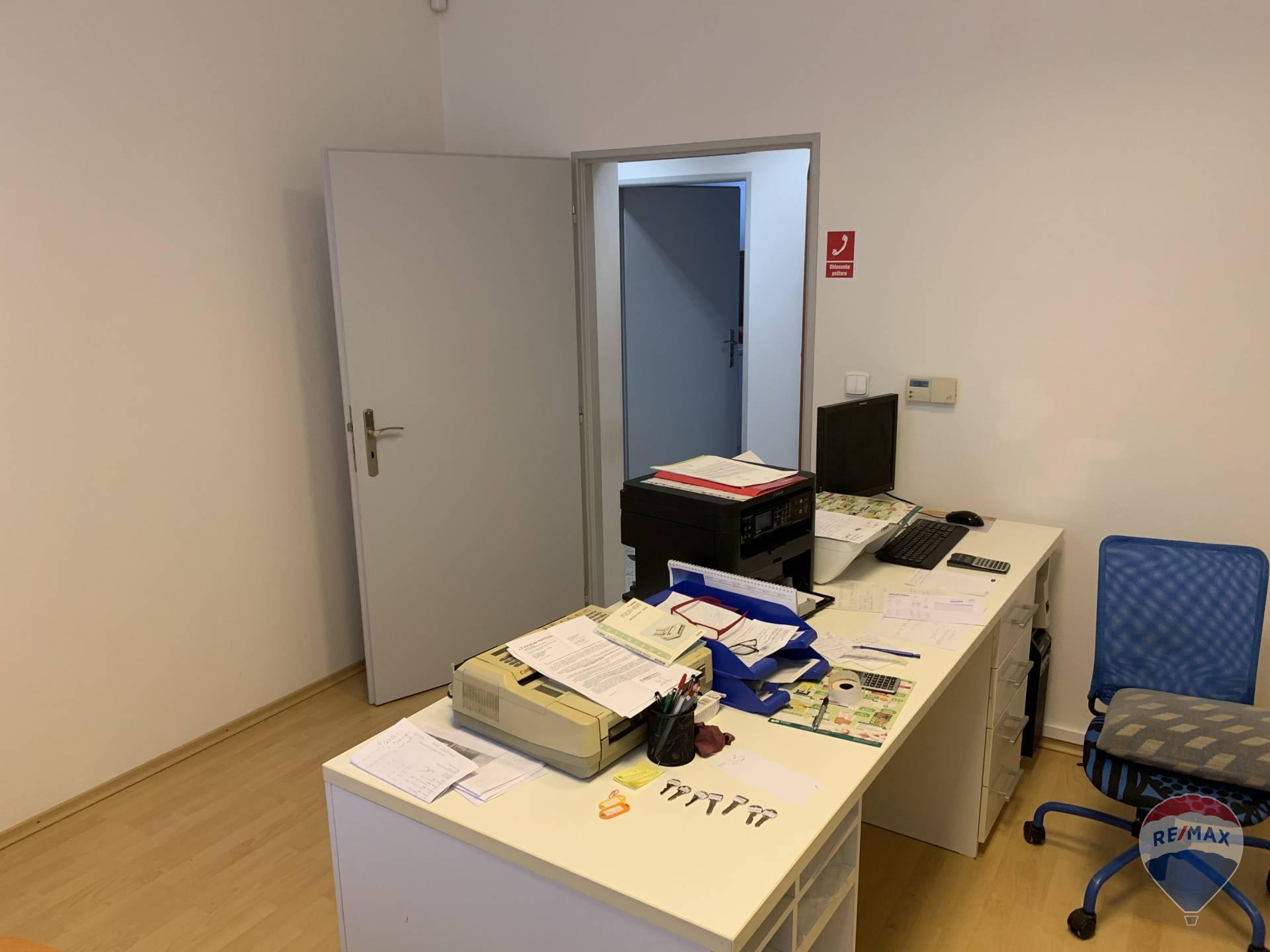 na prenájom kancelárske/administratívne priestory