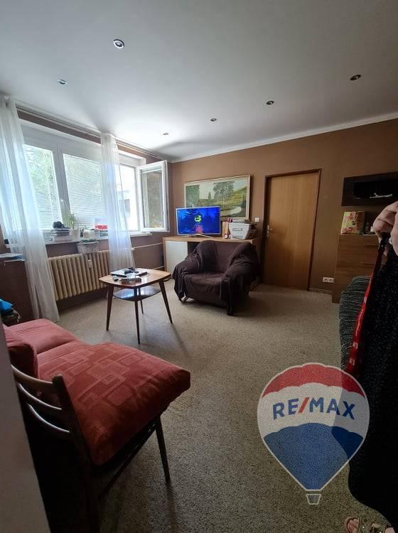 Dvojizbový byt na predaj - Ladce