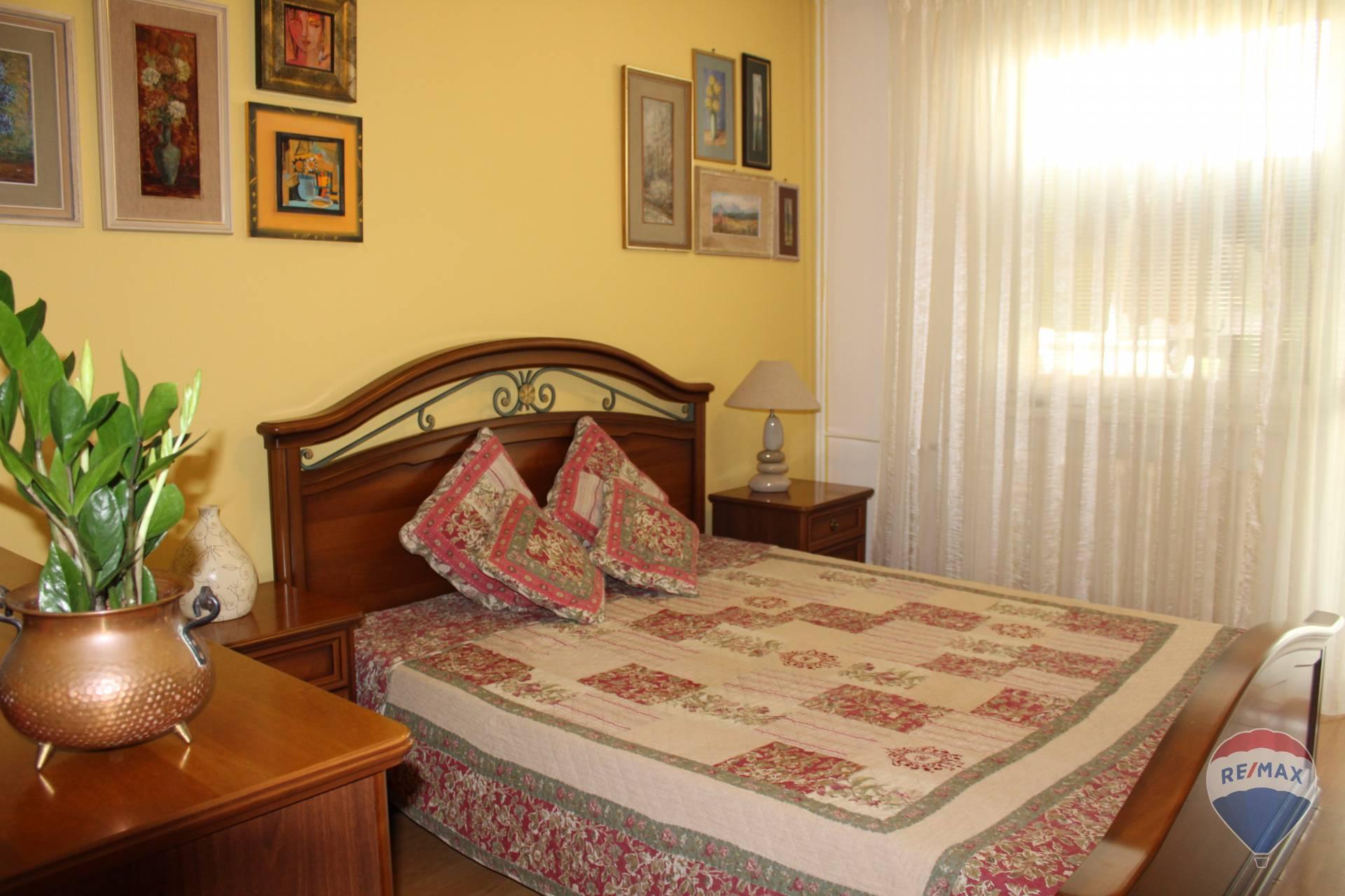 Predaj bytu (4 izbový) 81 m2, Trenčín - 4 i-bový byt s balkónom 81m2 Juh Trenčín