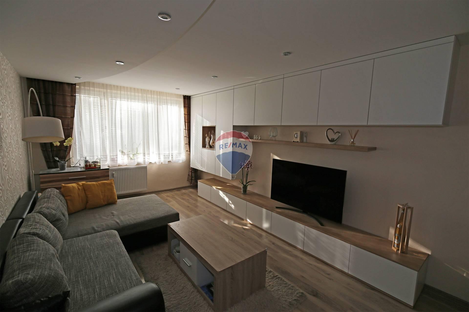 Predaj  3- izbového kompletne zariadeného bytu Bánovce nad Bebravou