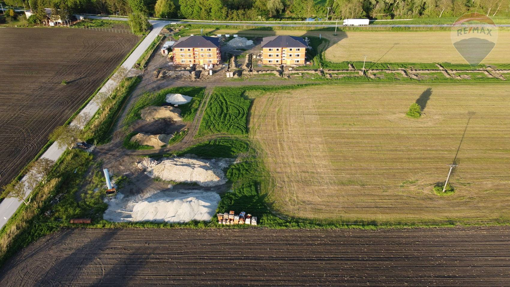 Posledné 2 voľné stavebné pozemky v 1. etape,  Kráľov Brod 600 m2, okres Galanta