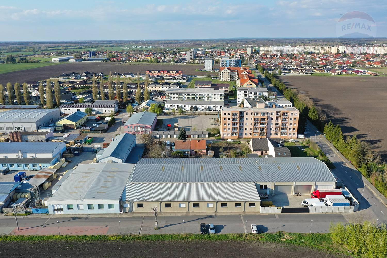 Predaj komerčného objektu v Malackách s úžitkovou plochou  2172 m2