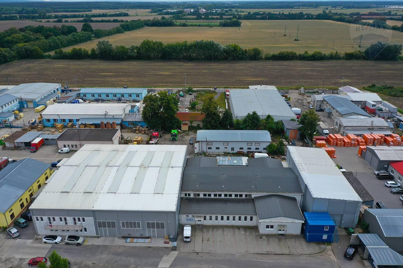 predaj výrobno-prevádzkového areálu s užitkovou plochou 2092 m2 v Malackách