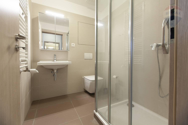 Predaj bytu (1 izbový) 34 m2, Bratislava - Lamač -