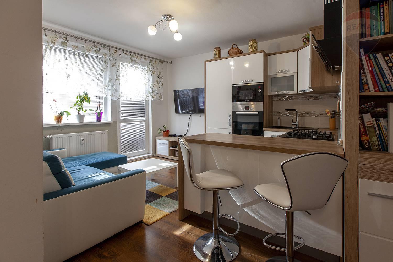 Na predaj 3-izbový byt v Svätom Jure
