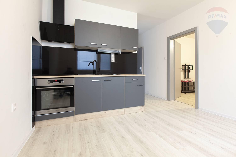 Na predaj 1-izbový byt v centre mesta Malacky