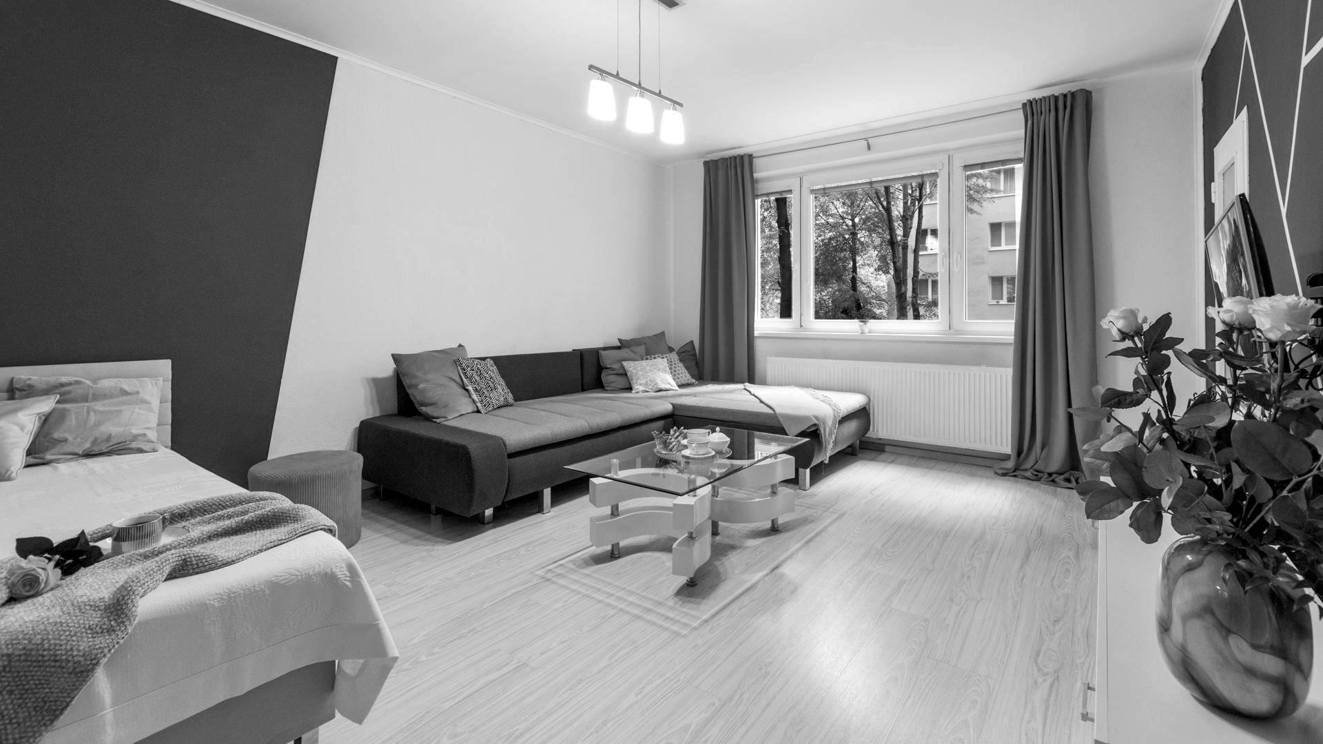 REZERVOVANÉ: Priestranný, zariadený 1 izbový byt na predaj, Bratislava - Dúbravka
