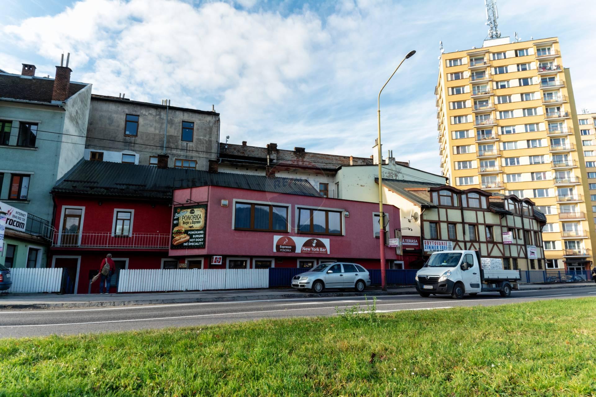 Predaj komerčného priestoru 300 m2, Ružomberok