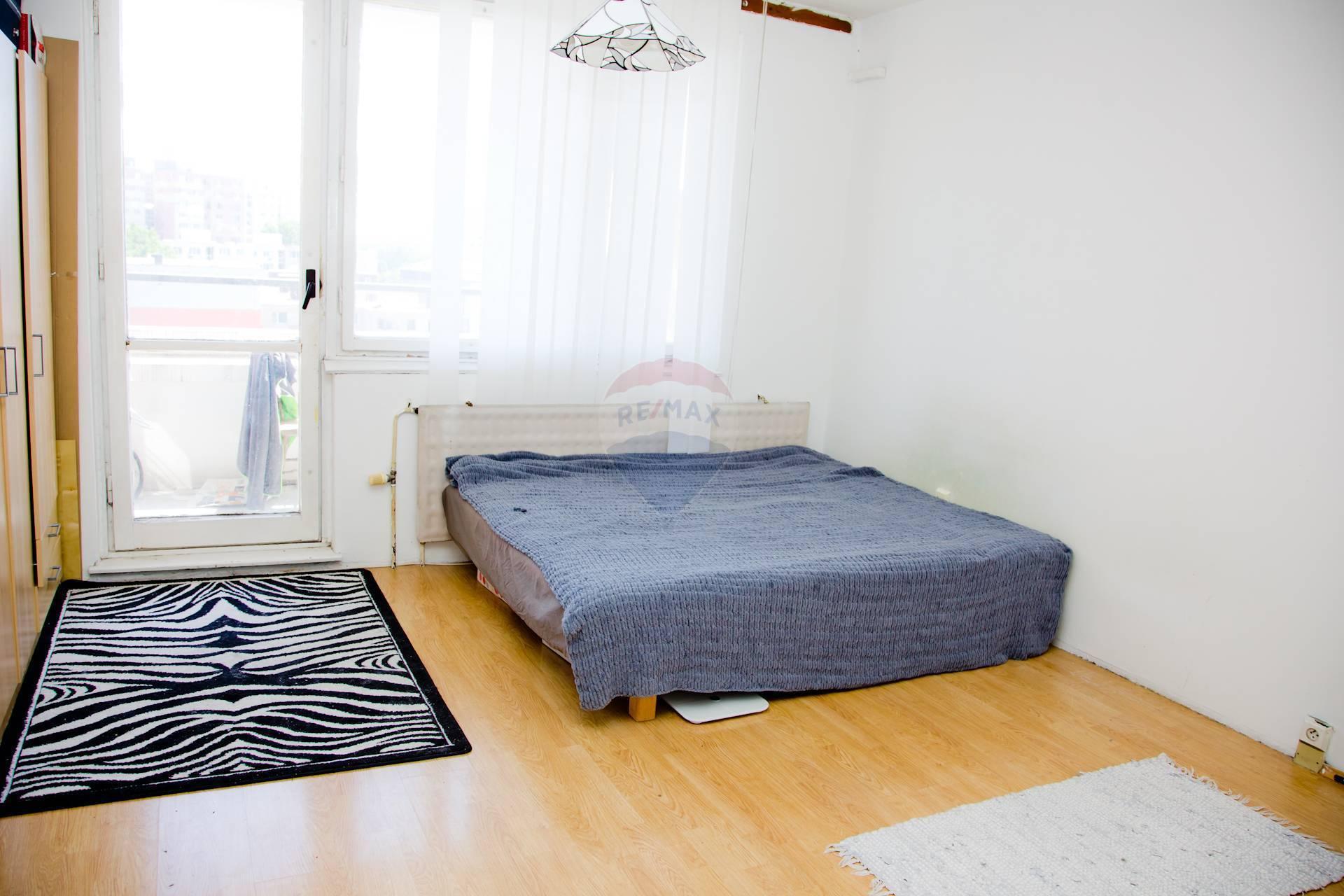 Predaj bytu (3 izbový) 69 m2, Bratislava - Petržalka -