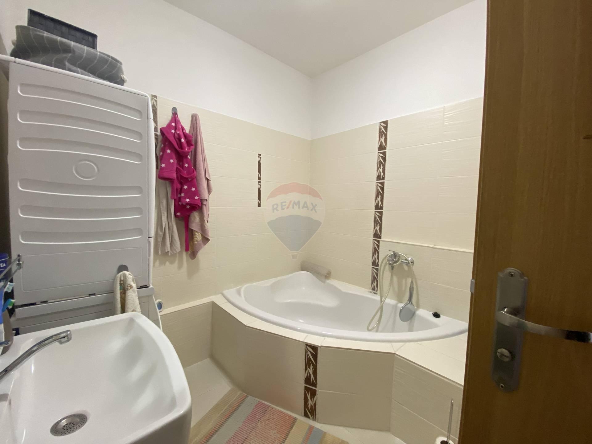 Prenájom bytu (3 izbový) 75 m2, Dolný Kubín - Prenajom bytu Dolny Kubin Banisko
