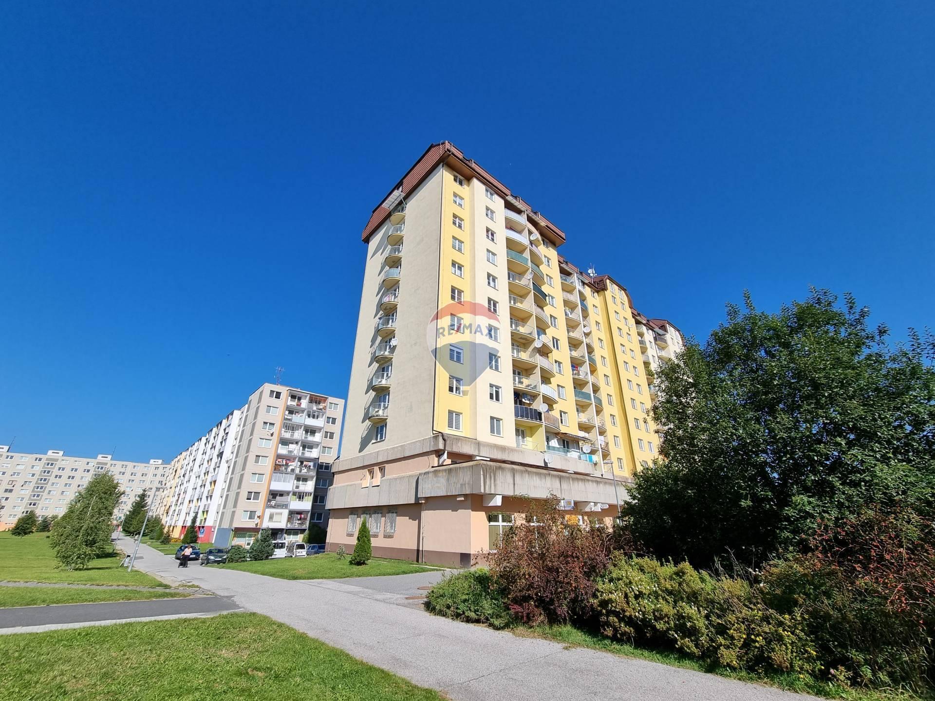 PRENÁJOM, 3-izbový byt, Poprad, Ul. Novomeského,