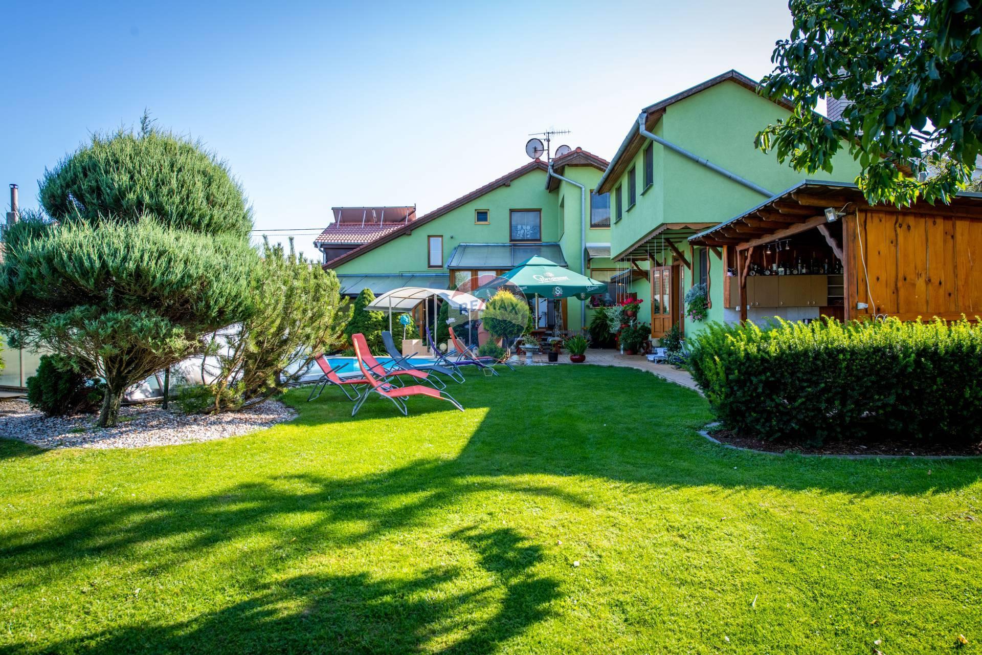 Predaj domu 319 m2, Smižany - Predaj, rodinný dom, bazén, Smižany, Ul. Tomášovská,