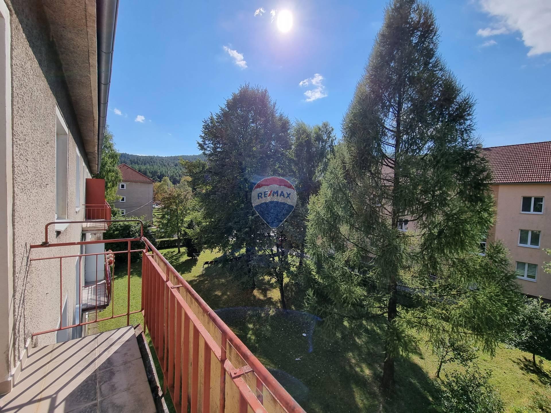Predaj bytu (2 izbový) 55 m2, Svit - PREDAJ, 2-izbový byt, balkón, Svit, Ul. Štefánikova,