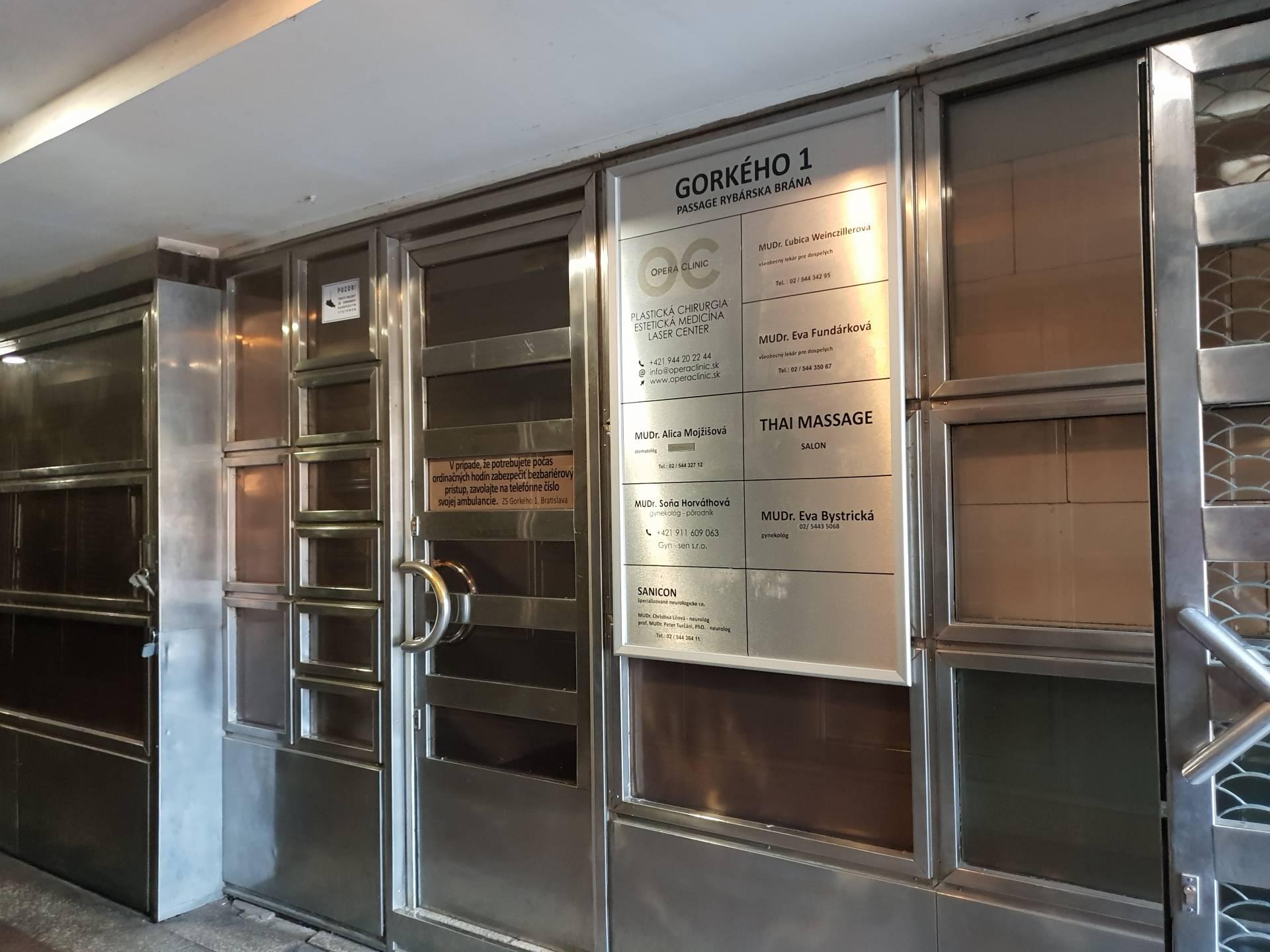 Prenájom komerčného priestoru 40 m2, Bratislava-Staré Mesto