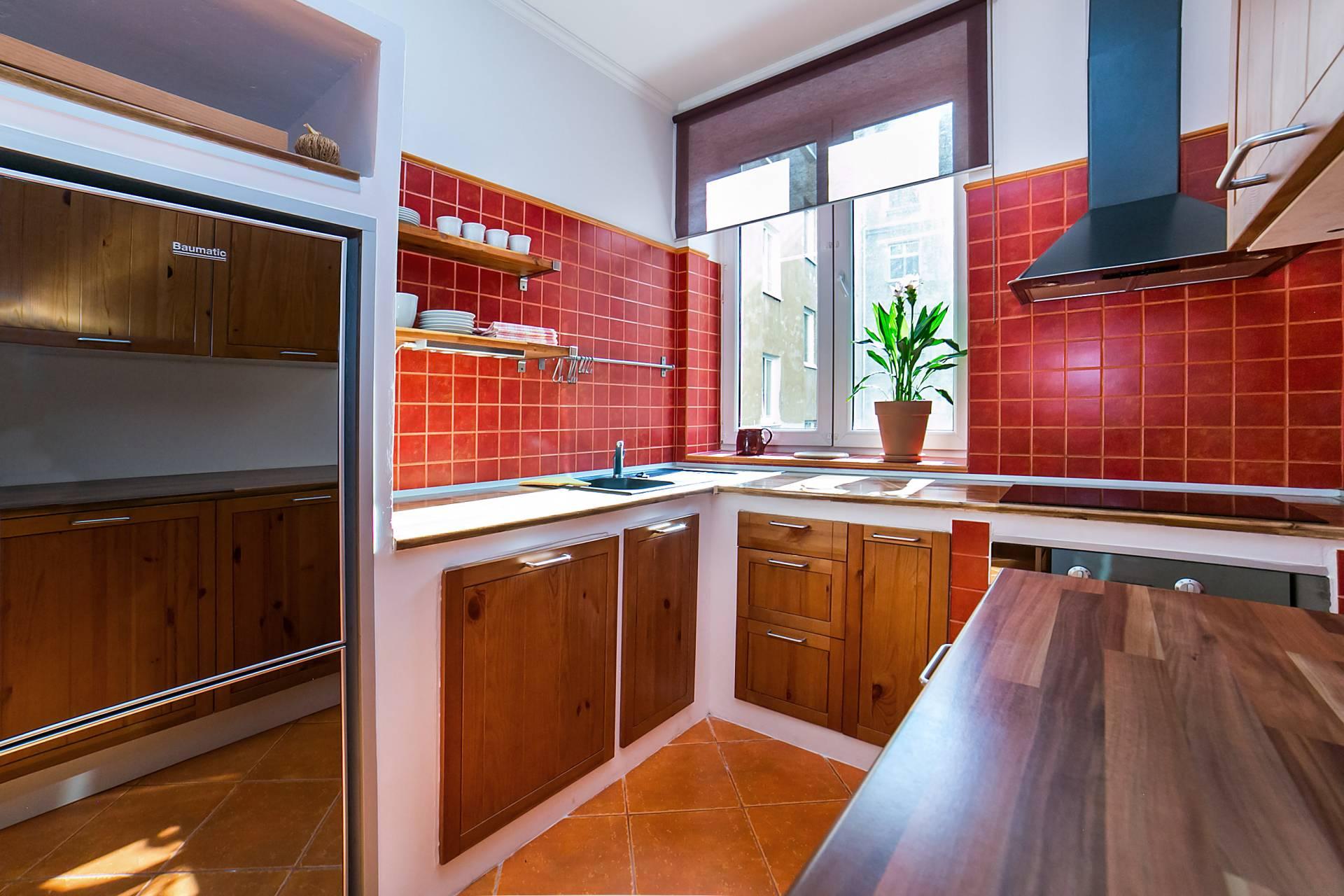 Prenájom bytu (2- izbový) 60 m2, Bratislava - Staré Mesto