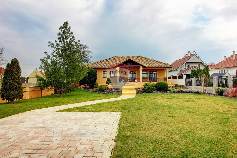 Na predaj 4 izbový rodinný dom v meste Dunajská Streda časť Mliečany