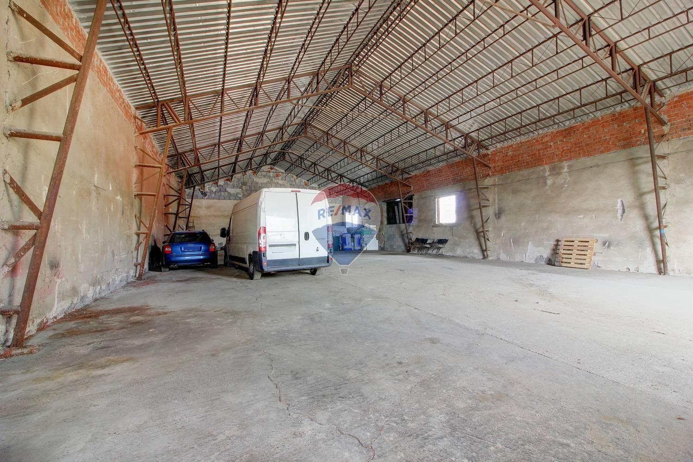 Na prenájom sklad (hala) 400 m²