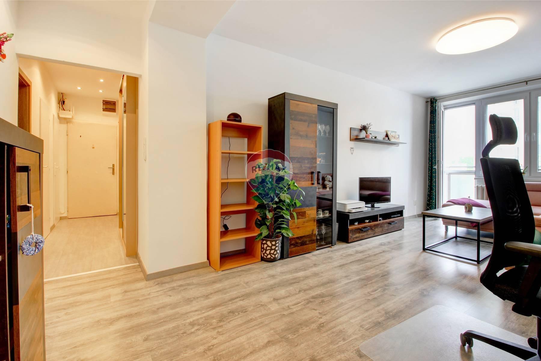 Predaj 3 izbového bytu, Tokajícka- Ružinov