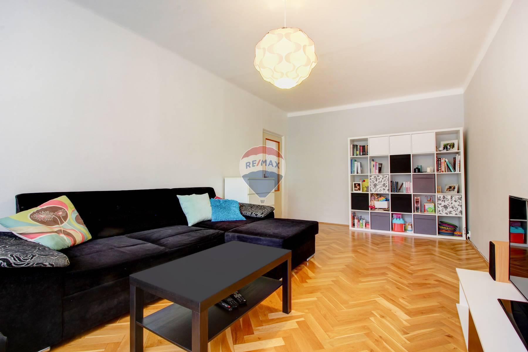 Na predaj 2- izbový priestranný byt, Šamorín