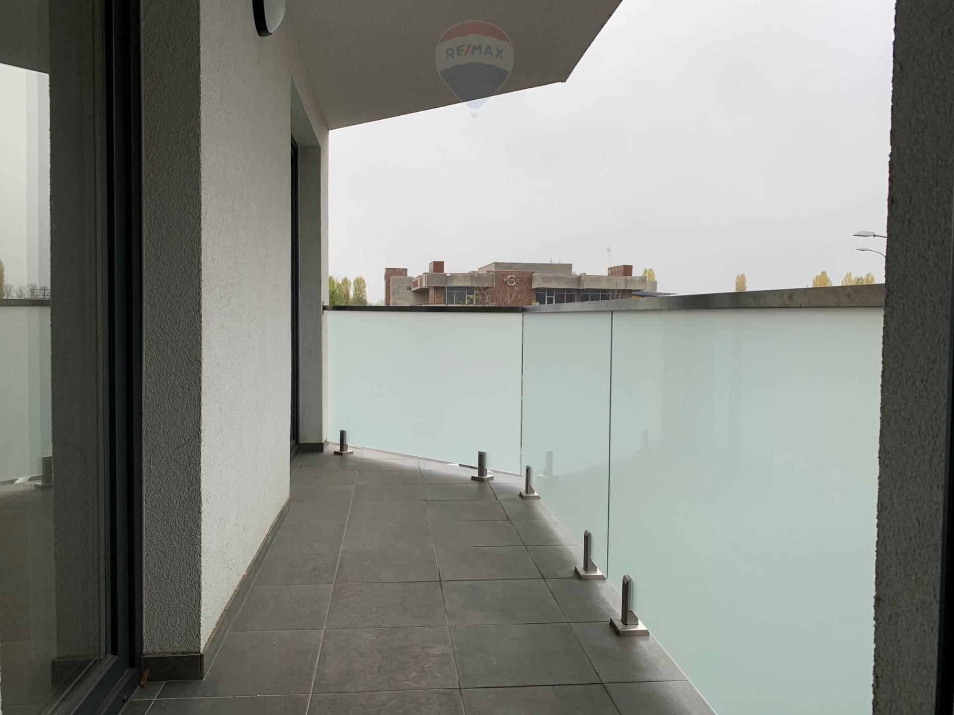 Predaj bytu v modernej polyfunkčnej  budove v centre mesta Šaľa .