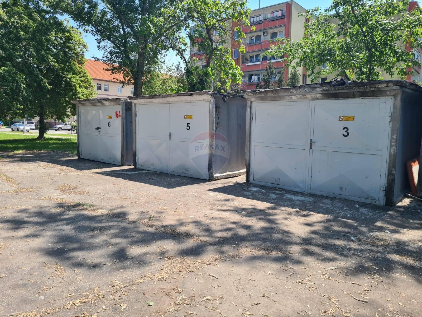 Prenájom garáže 20 m2, Nové Zámky -