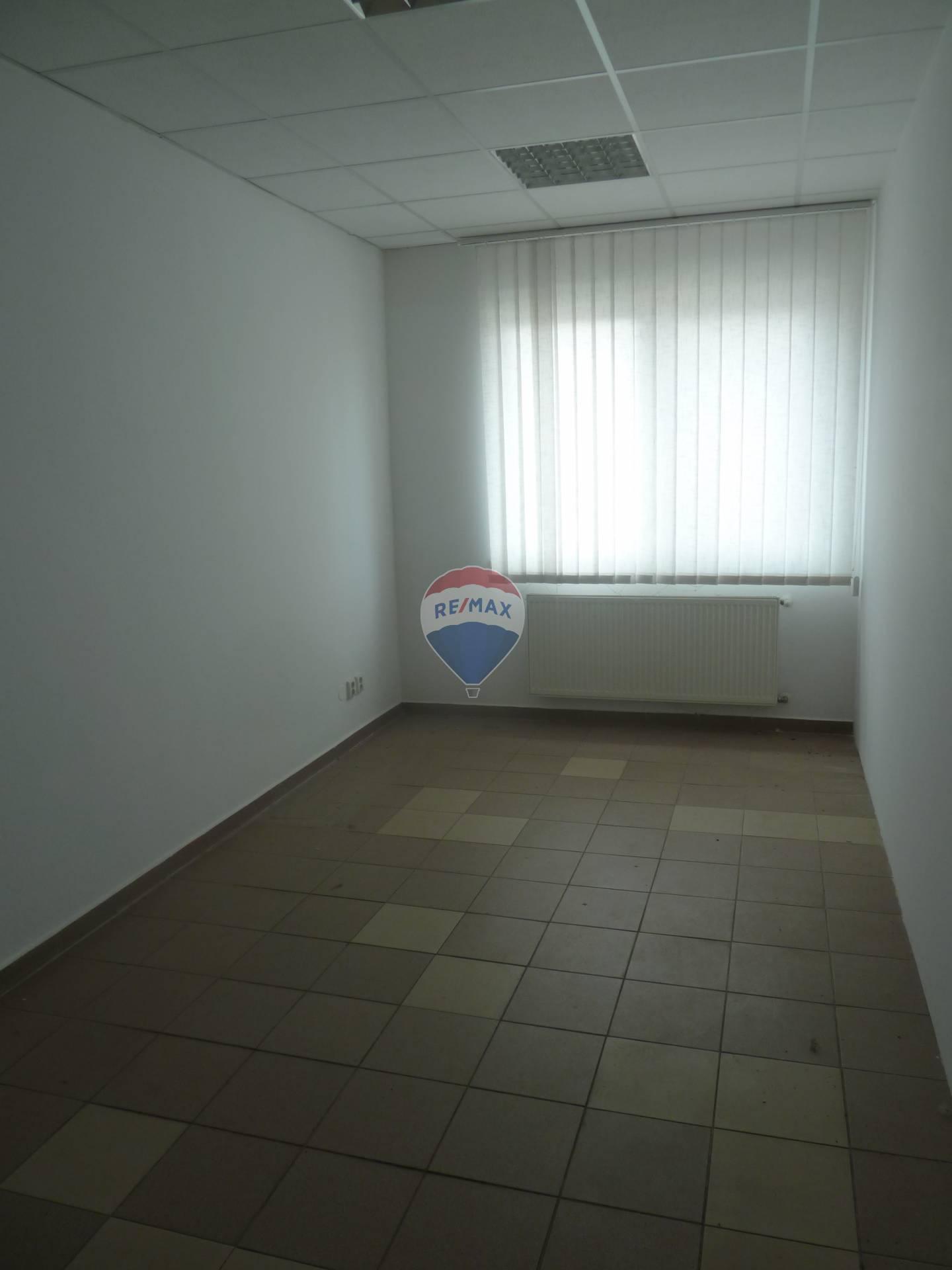 Administratívne priestory  nájom Bánovce nad Bebravou
