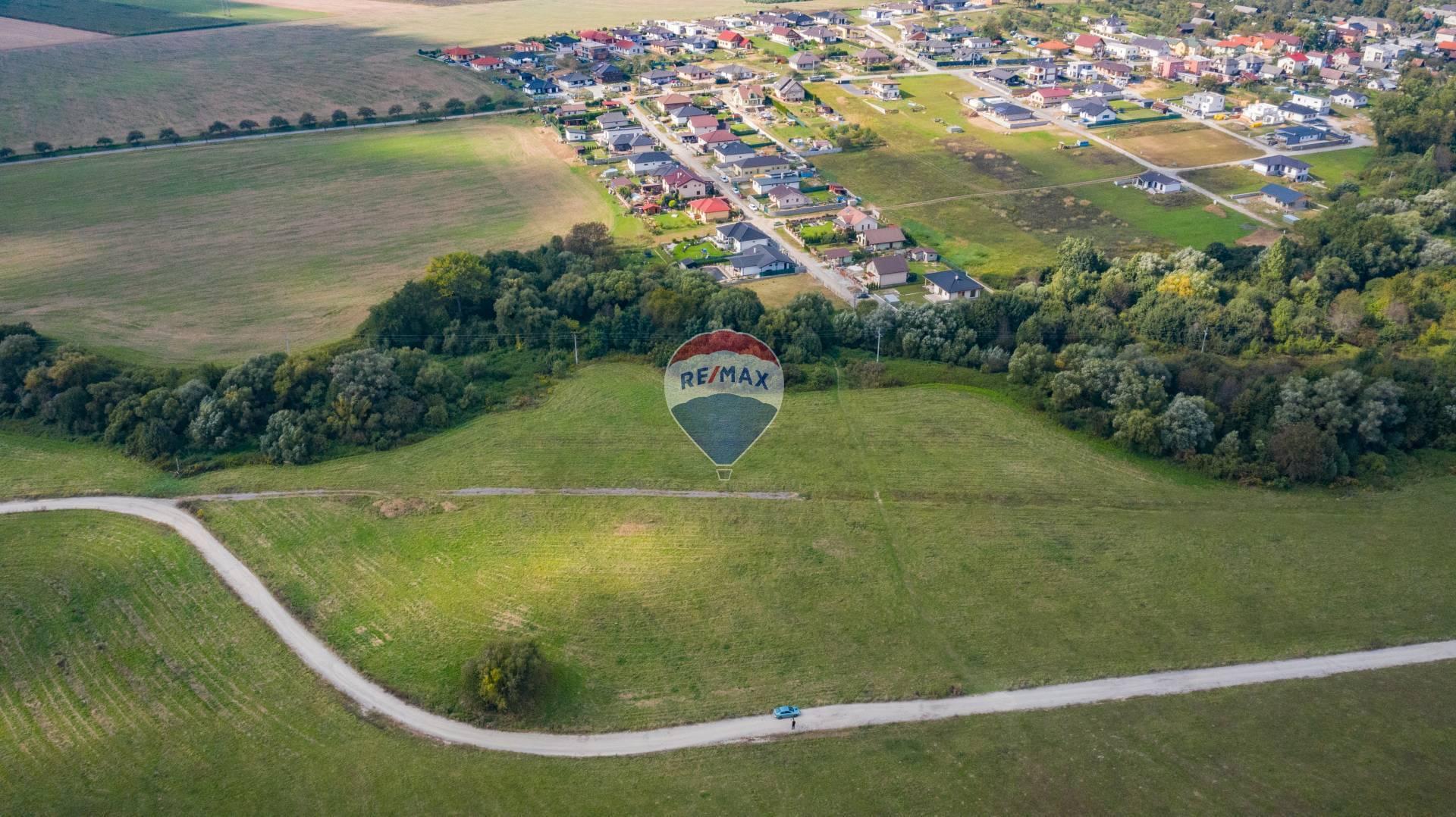 Na predaj pozemok v obci Šarišské Bohdanovce, okres Prešov