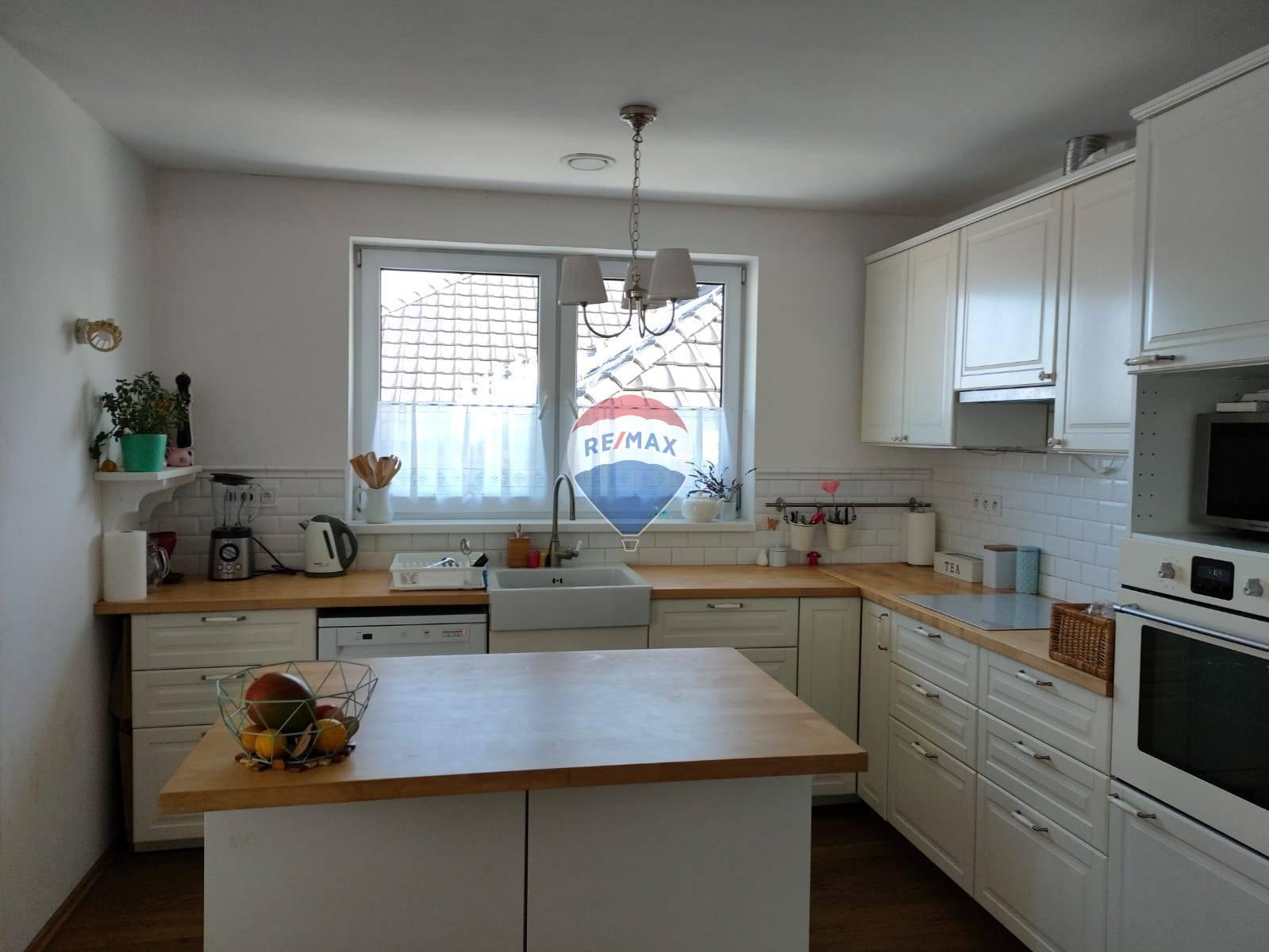Prenájom domu 130 m2, Košice - Krásna -