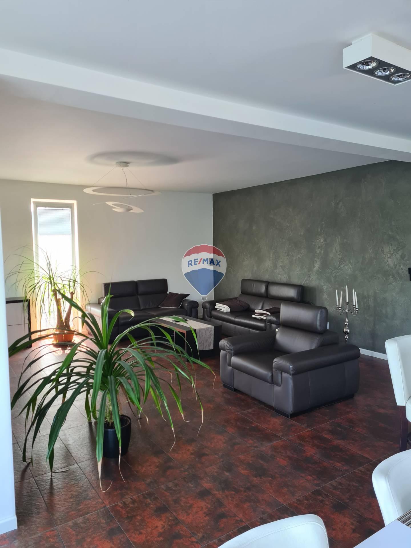 Predaj bytu (3 izbový) 120 m2, Prešov -