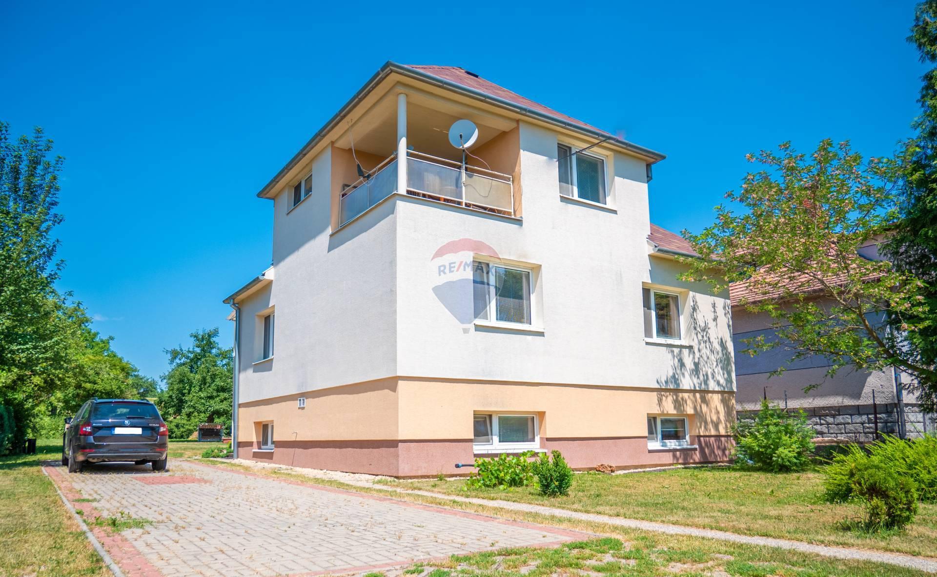 Predaj domu s pozemkom 3625 m2 Terany
