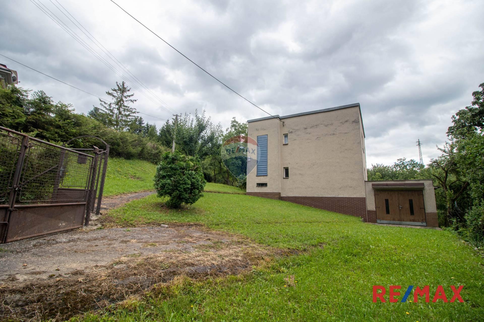Predaj domu 210 m2, Banská Bystrica - Exkluzívne na predaj rodinný dom v Sásovej