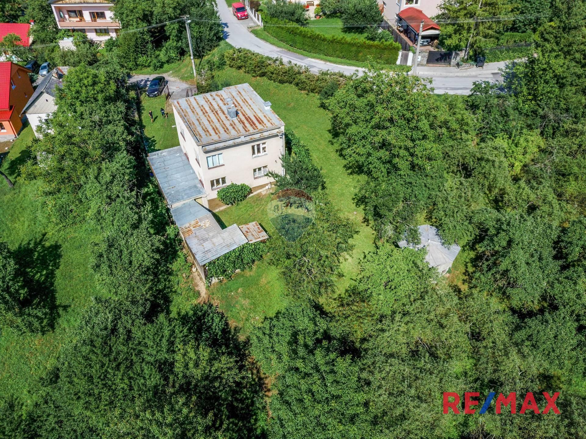 Exkluzívne na predaj rodinný dom v Rudlovej