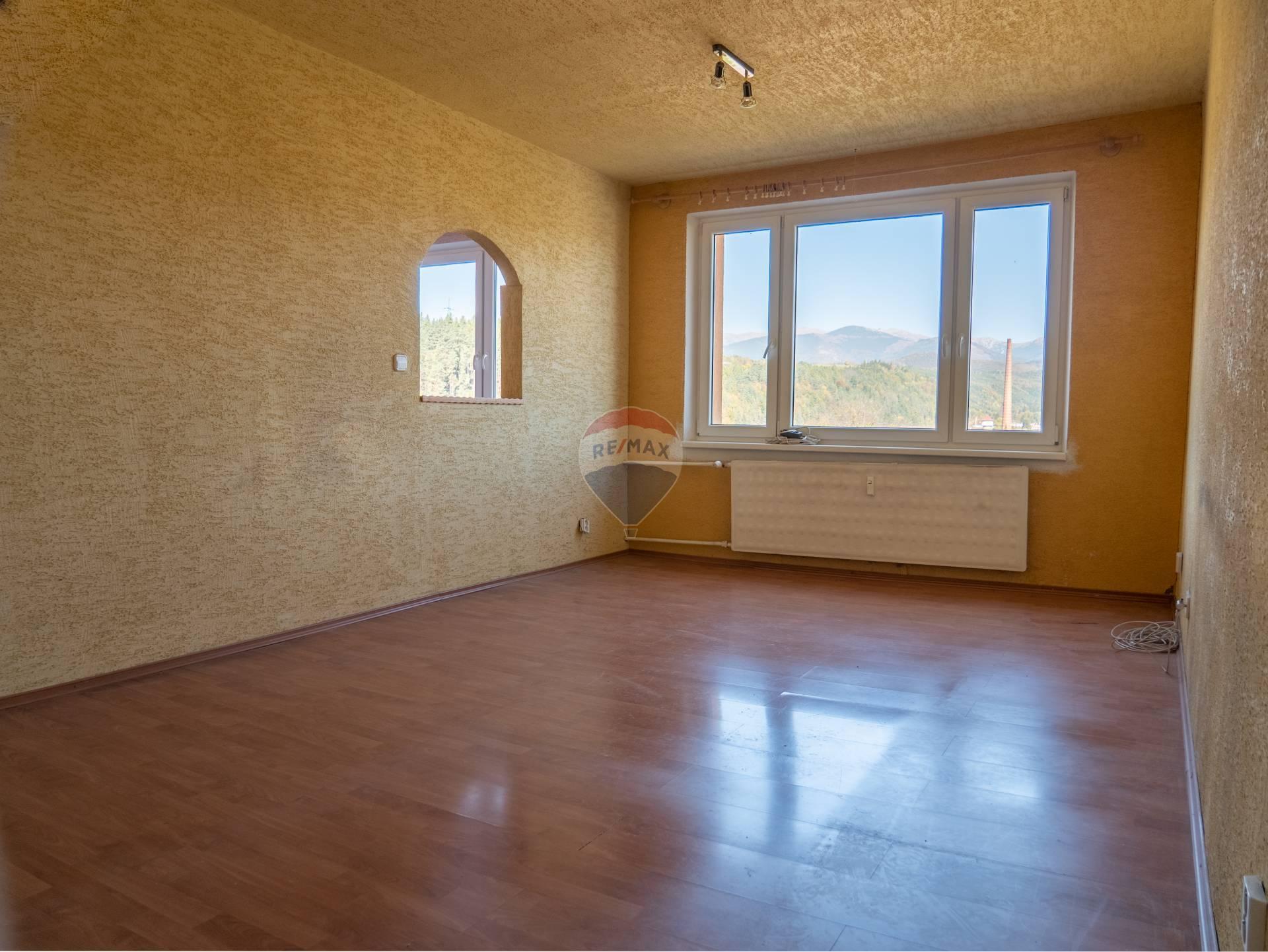 Predaj 2 izbového bytu v Podbrezovej - časť Štiavnička