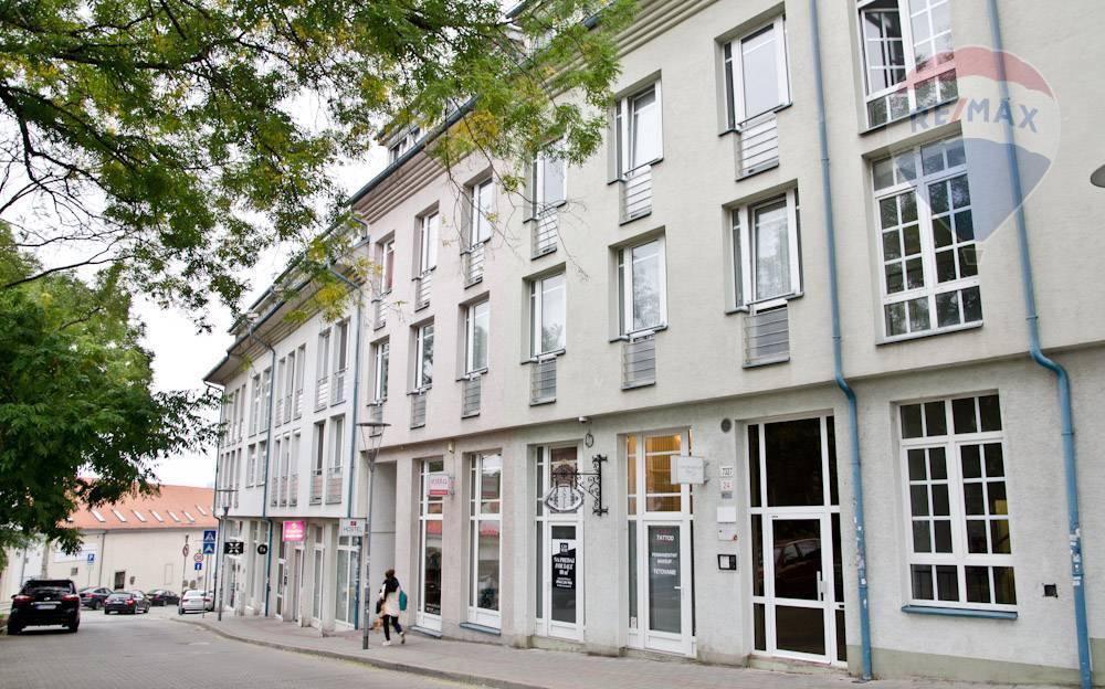 na prenájom 3-izbový byt na Zámockej ulici